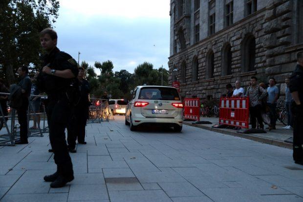 Auszählung am Neuen Rathaus - sekündlich treffen die Stimmen aus den Leipziger Wahllokalen ein. Foto: L-IZ.de