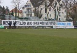 Beim letzten Derby in Leutzsch, dem Landespokal-Viertelfinale am 15.12.2018, verzichtete der 1. FC Lok komplett auf die Nutzung seines Kartenkontingents. Foto: Jan Kaefer