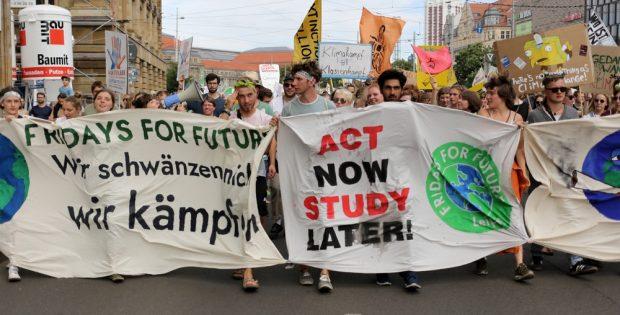 Fridays For Future auf dem Innenstadtring. Dort wollen die jungen Aktivist/-innen am Freitag wieder laufen. Foto: L-IZ.de