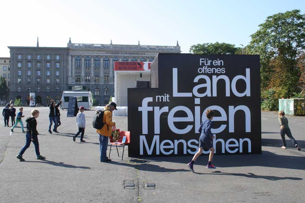 Der FREI_RAUM auf dem Wilhelm-Leuschner-Platz. Foto: Ralf Julke