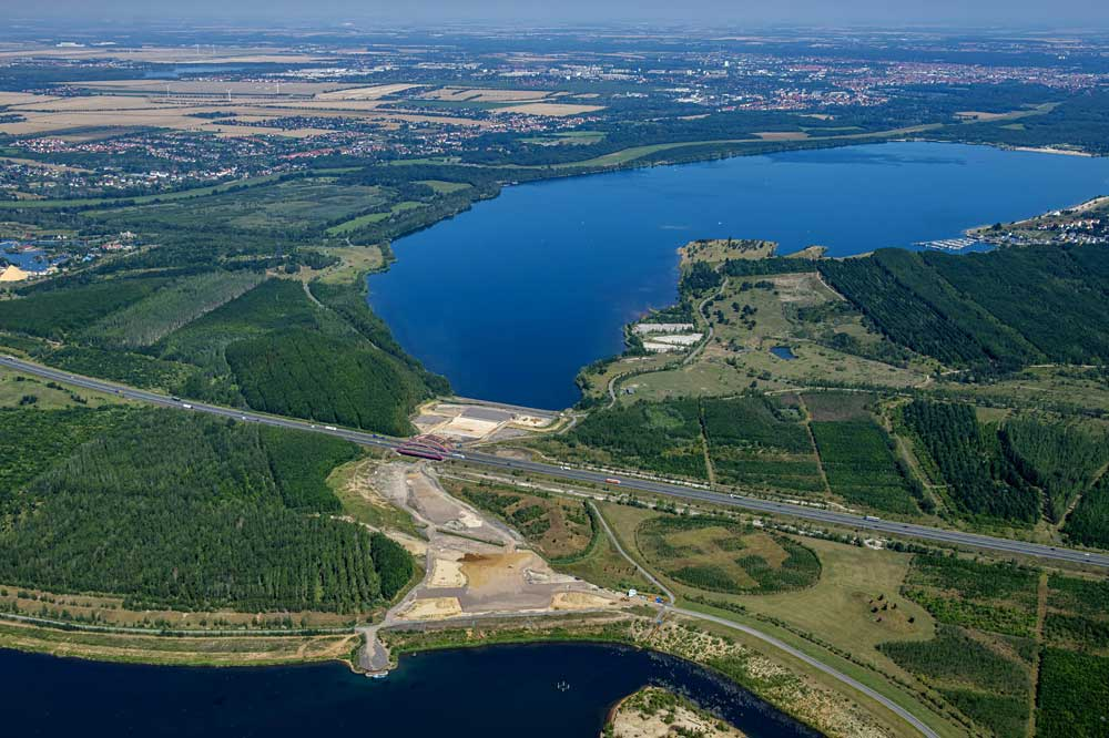 Das Baufeld für den Harthkanal zwischen Cospudener und Zwenkauer See. Foto: LMBV