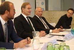 Matthias Kaufmann, Burkhard Jung, Thorsten Rupp und Pressesprecher Matthias Hasberg. Foto: Ralf Julke
