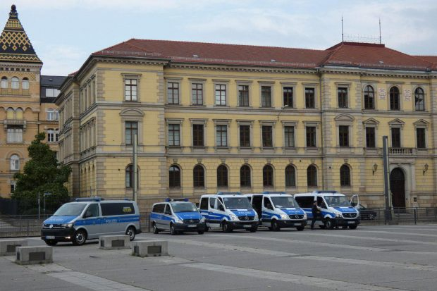 Simsonplatz 16:37 - die Zweite. Noch mehr Blau. Foto: L-IZ.de