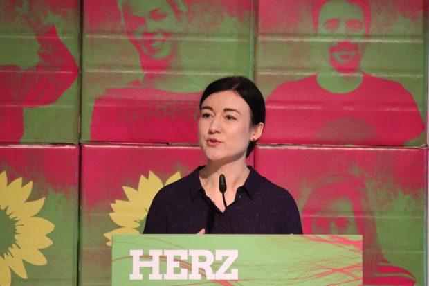 Paula Piechotta zeigte sich skeptisch über die bisherigen Sondierungsergebnisse und die Koalitionsmöglichkeiten mit CDU und SPD. Foto: L-IZ.de