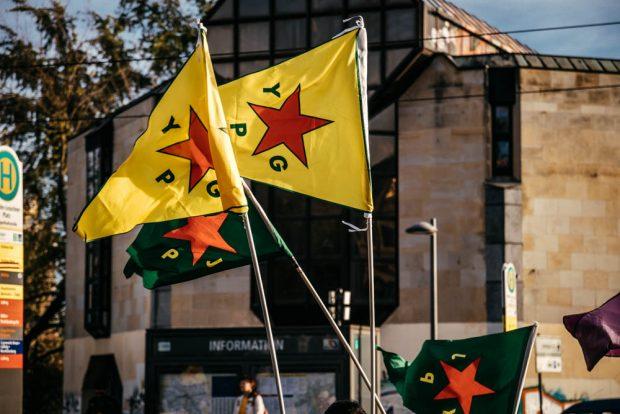 Die YPG kämpfte gegen den IS. Nun scheinen ihre ehemaligen Westmächte-Partner sie im Stich zu lassen. Foto: Tobias Möritz