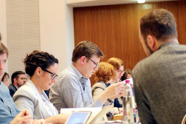 Die Stadträt/-innen Nuria Silvestre und Martin Meißner (Grünen-Fraktion). Foto: Michael Freitag