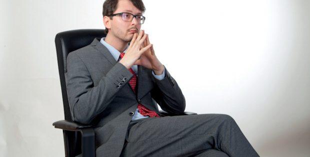 Sachsens Ministerpräsident in Spe a.D. Tom Rodig reflektiert. Foto: Privat