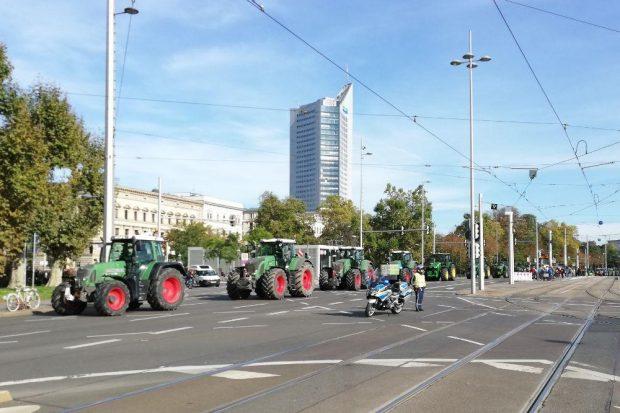 Wer soll den Umbau der Landwirtschaft bezahlen? Foto: Martin Schöler