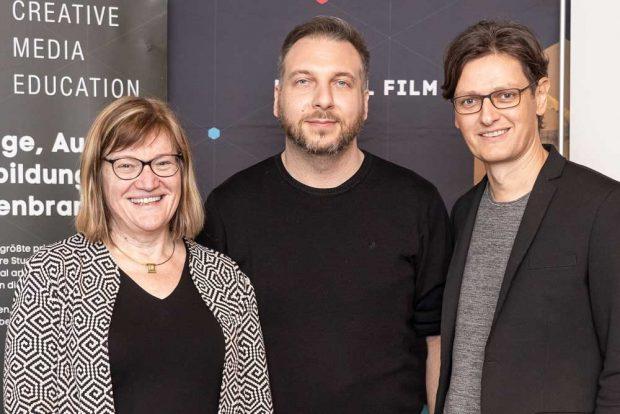 Dr. Astrid Eichhorn (WWF-Projektbüro Mittlere Elbe), Christoph Graf (Projektleiter Game Jam DACH-Region) und Chris Müller (GF SAE DACH-Region). Foto: SAE