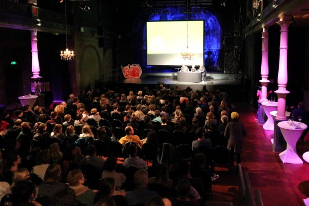 Volles Haus bereits bei der Premiere 2018 in der Schaubühne. Foto: L-IZ.de