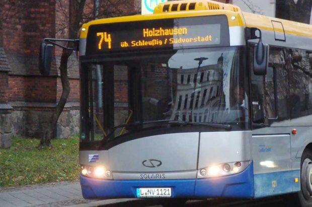 Buslinie 74 nach Holzhausen. Foto: Gernot Borriss