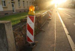 Warnbake auch an der Feldsteinmauer westlich der alten Klinkermauer 2014. Foto: Ralf Julke