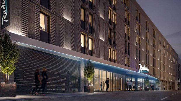 So soll das geplante Radisson Hotel aussehen. Visualisierung: FAY Projects