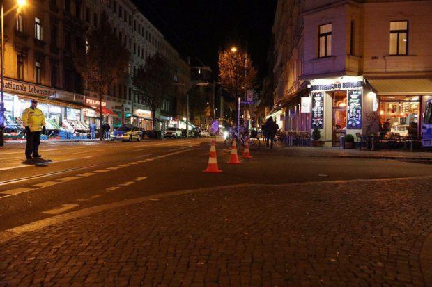 Der Einsatz verläuft ruhig. Foto: L-IZ.de