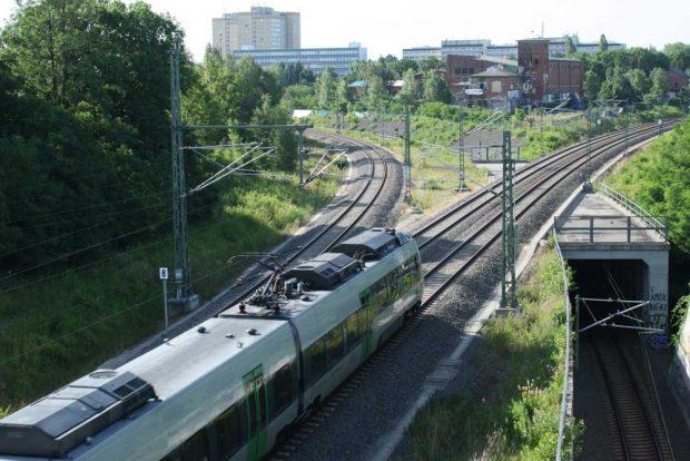 S-Bahn auf dem Weg ins Leipziger Umland. Foto: Ralf Julke