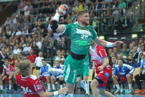 Maciej Gebala erzielte in Lemgo (hier eine Aktion aus dem Hinspiel) das Siegtor für den SC DHfK. Foto: Jan Kaefer (Archiv)
