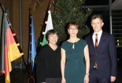 Staatsministerin Katja Meier mit Staatssekretärin Dr. Gesine Märtens (links) und Staatssekretär Mathias Weilandt © SMJus