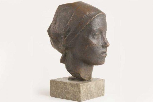 Walter Arnold, Mädchen mit Kopftuch (Bildnis M. K.), 1938. Foto: VG Bild-Kunst, Bonn 2019