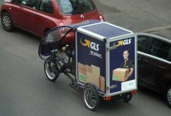 Selbst professionelle Lieferdienste nutzten Lastenräder. Foto: Ralf Julke