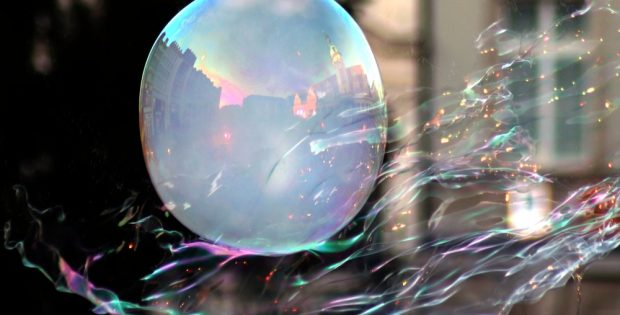 Das Cover zu den Leipziger Träumen. Eine Seifenblase. Aber sie hält. Foto: Michael Freitag