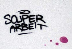 Frisches Grafitti in Connewitz. Foto: Ralf Julke