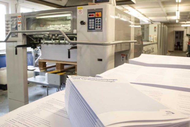 In großer Stückzahl gedruckt: Tarifinformationen des MDV zur Verbunderweiterung. Foto: Wolffberg Management Communication für MDV