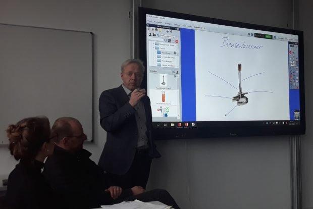 In der Gerda-Taro-Schule kommen bereits interaktive Tafeln zum Einsatz. Foto: René Loch