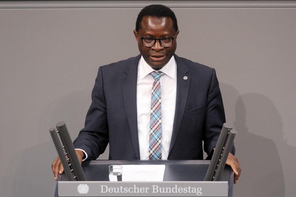 Karamba Diaby. Quelle: Deutscher Bundestag / Achim Melde