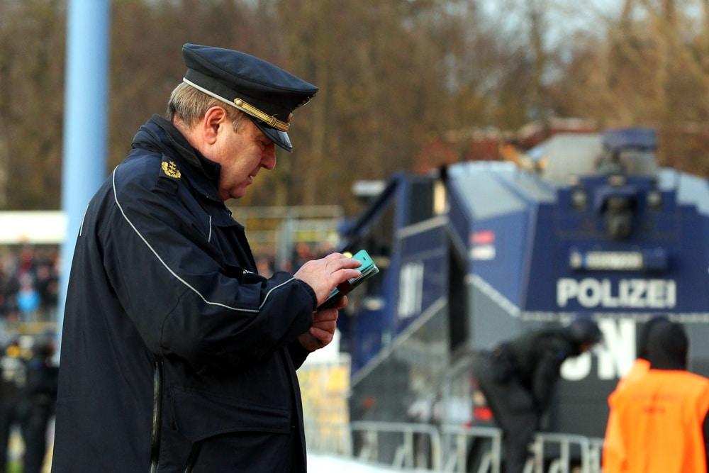 Leipzigs ehemaliger Polizeipräsident Bernd Merbitz ist als Aufklärer der Silvesternacht in Connewitz im Gespräch. Foto: L-IZ.de