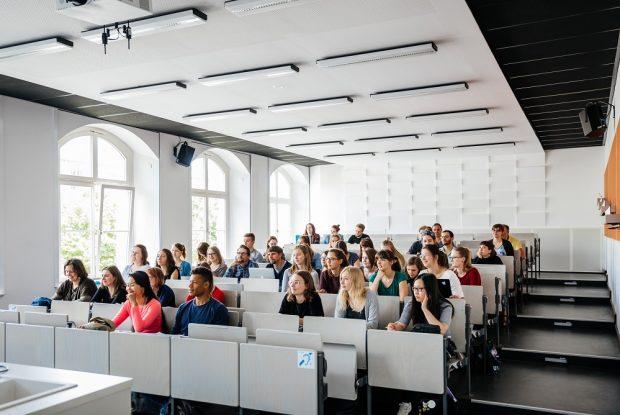 Herzlich willkommen zum Schnupperstudium! Am 9. Januar 2020 ist Tag der offenen Hochschultür an der HTWK Leipzig. Quelle: Lara Müller/HTWK Leipzig