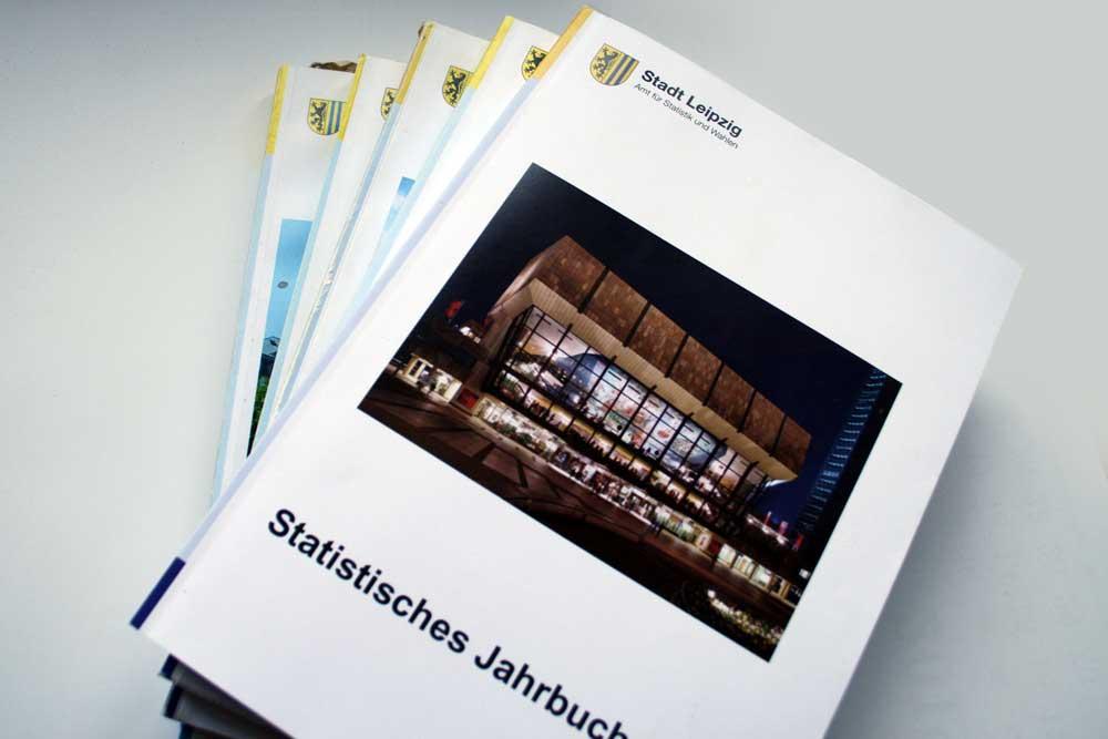 Wichtige Datensammlung: die Jahrbücher der Stadt Leipzig. Foto: Ralf Julke