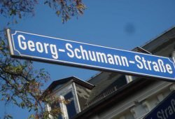 Straßenschild in der Georg-Schumann-Straße. Foto: Gernot Borris