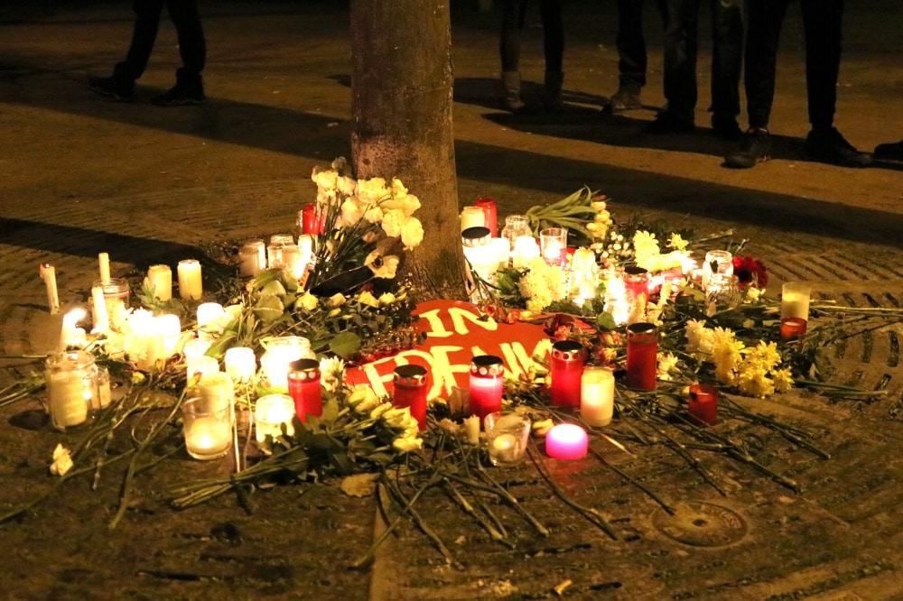 Gedenken an die Toten von Hanau am 20. Februar 2020 am Leipziger Runkiplatz (Eisenbahnstraße). Foto: L-IZ.de