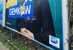 LVZ-Logo auf Gemkow-Wahlplakat. Foto: strassenstriche.net