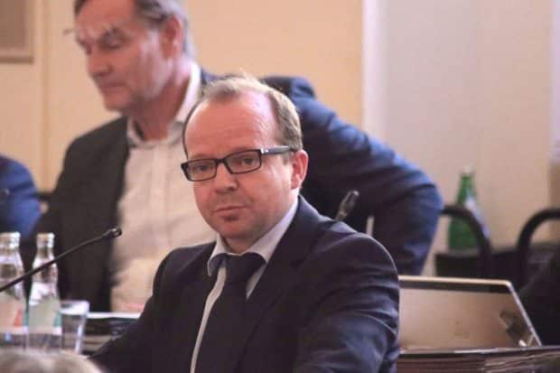 Ex-FDP-Stadtrat Hobusch (vorne) möchte OBM Jung wählen (hinten). Archivfoto: L-IZ.de