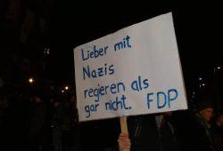 Demonstration in Leipzig anlässlich der Ministerpräsidentenwahl in Thüringen. Foto: Tobias Möritz