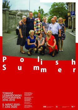 """Plakat zur Ausstellung """"Polish Summer"""" Foto: Tomasz Lewandowski / Uni Halle"""