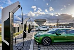 "Ladepark ""Porsche Turbo Charging"" in Leipzig. Foto: Porsche"