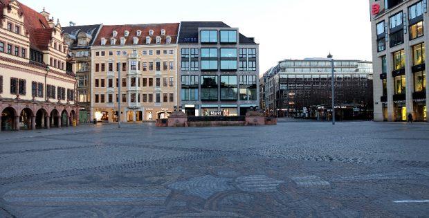 Alles dicht im Einkaufsmekka Bahnhofspromenaden - nur Apotheken, Lebensmittelhändler und Drogerien haben noch geöffnet. Foto: Michael Freitag