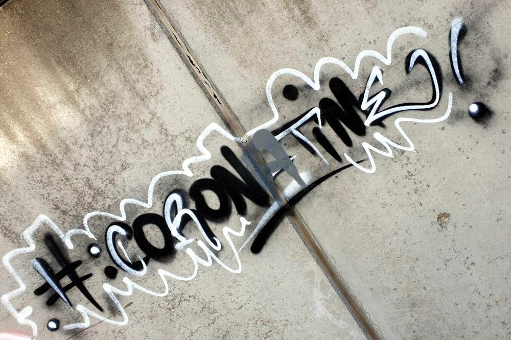 """""""Coronatime"""" - Die Zeit spiegelt sich längst auch in den Graffitis in Leipzig. Foto: L-IZ.de"""