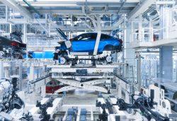 Im BMW-Werk Leipzig: Das erste BMW 2er Gran Coupé, Serienproduktion im BMW Group Werk Leipzig im November 2019. Quelle: press.bmwgroup.com