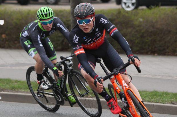 Felix Groß (SC DHfK) hat sich mit dem Bahnrad-Vierer für Olympia qualifiziert. Foto: Jan Kaefer