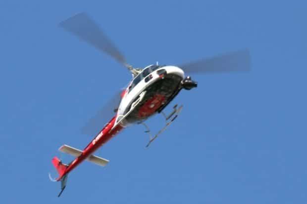 Der Lauteste heute in Leipzig: ein Helikopter suchte weitgehend erfolglos größere Menschenansammlungen. Foto: L-IZ.de