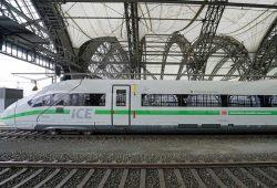 """In Dresden getauft: ICE 4 """"Freistaat Sachsen"""". Foto: Deutsche Bahn AG / Volker Emersleben"""