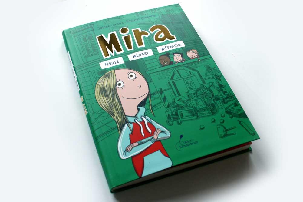 Sabine Lemire, Rasmus Bregnhøi: Mira #kuss # kunst #familie. Foto: Ralf Julke
