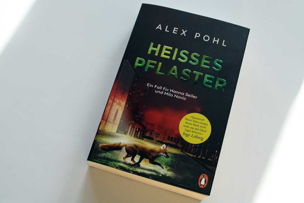 Alex Pohl: Heißes Pflaster. Foto: Ralf Julke