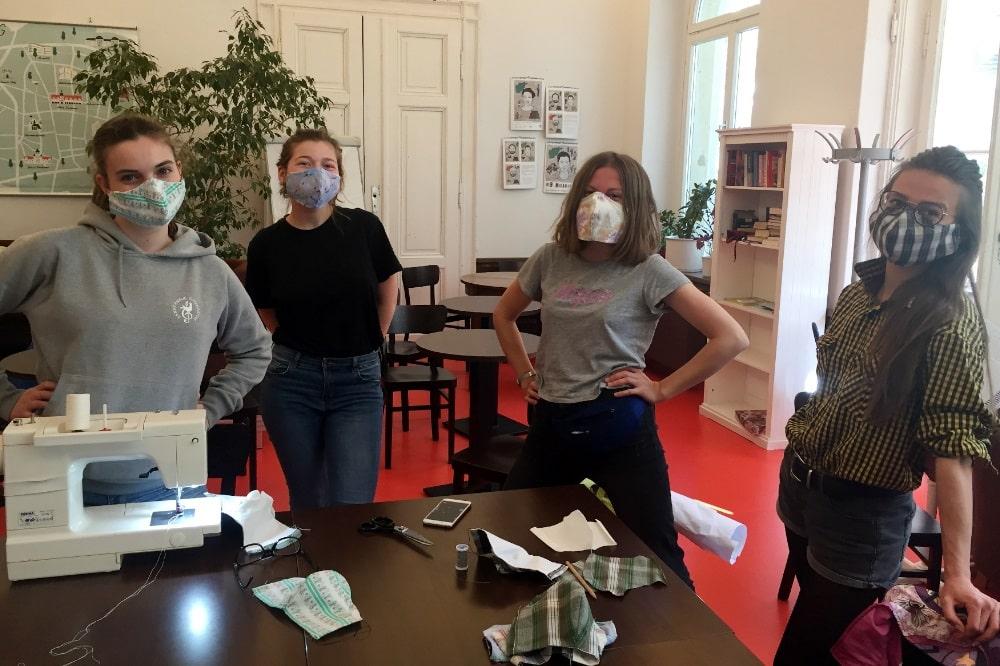 Freiwillige der VILLA im VILLA Café. Quelle: Soziokulturelles Zentrum