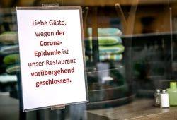 Wegen Corona geschlossen: Restaurants, Gaststätten und Hotels sind seit Wochen zu. Die Beschäftigten haben nun mit enormen Lohneinbußen zu kämpfen, warnt die Gewerkschaft NGG. Foto: NGG