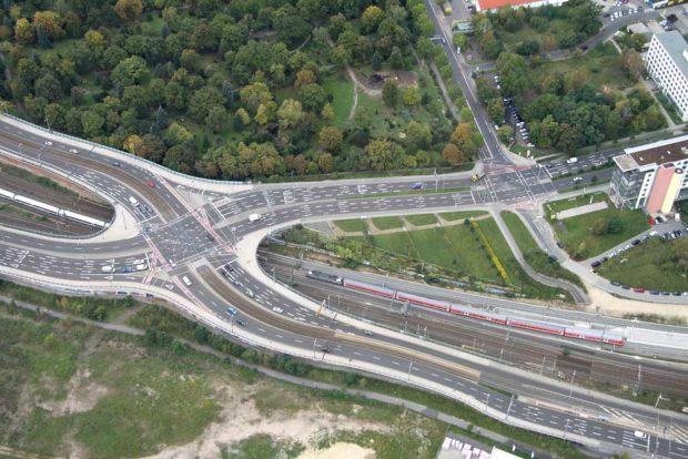 Berliner Brücke mit S-Bahn-Haltepunkt Leipzig-Nord. Foto: Matthias Weidemann