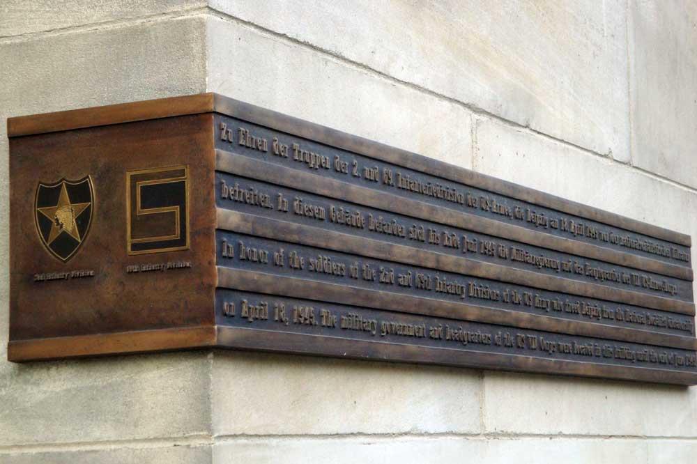 Gedenktafel an der Runden Ecke. Foto: Gernot Borriss